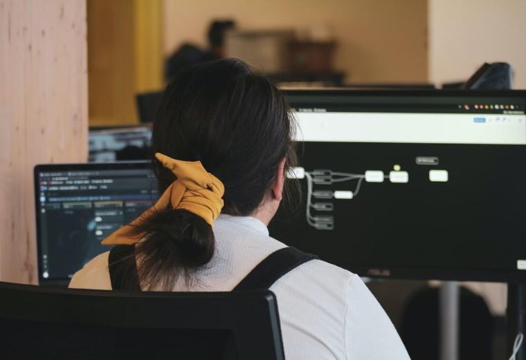 Foto de Formación a distancia para ingenieros y arquitectos